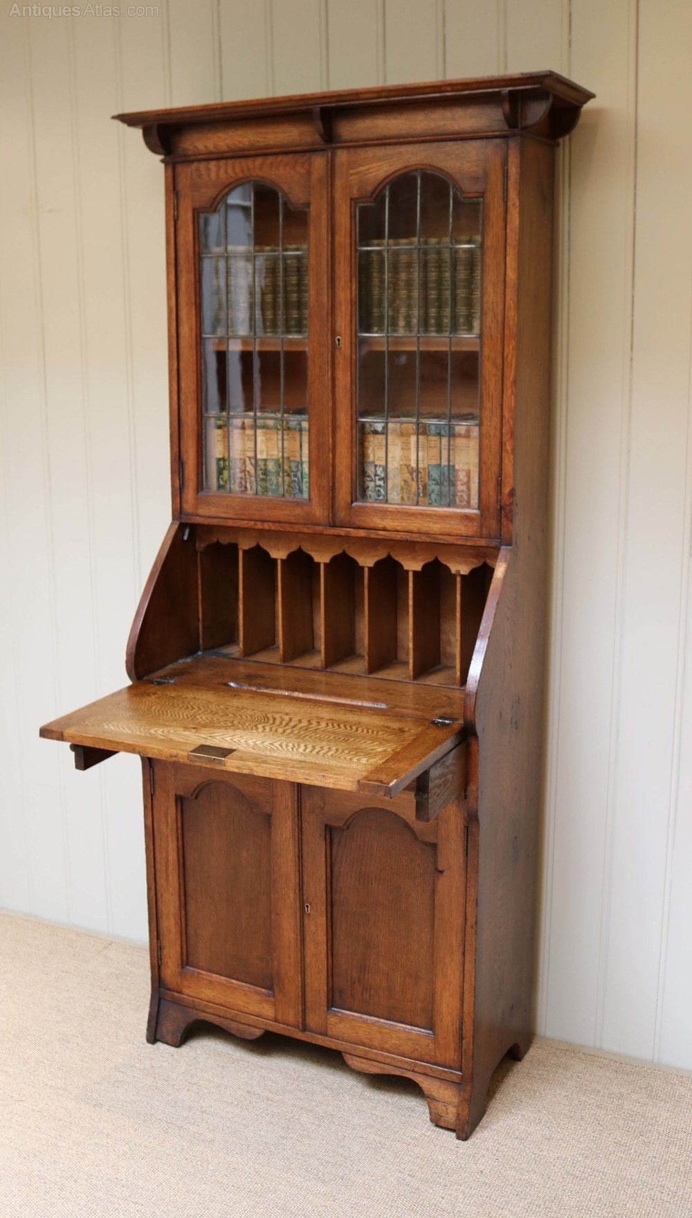 Arts and crafts solid oak bureau bookcase antiques atlas for Arts and crafts bookshelf