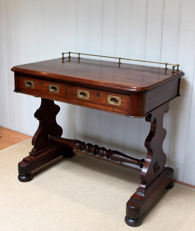 Mid Victorian Mahogany Ships Captains Desk Antique Desks - Mid Victorian Mahogany Ships Captains Desk - Antiques Atlas