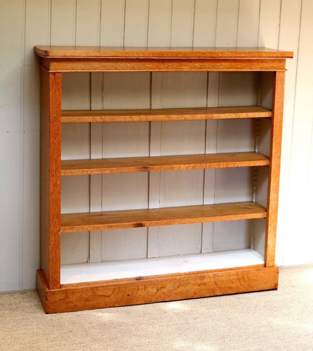 Open Light Oak Bookcase - Antiques Atlas