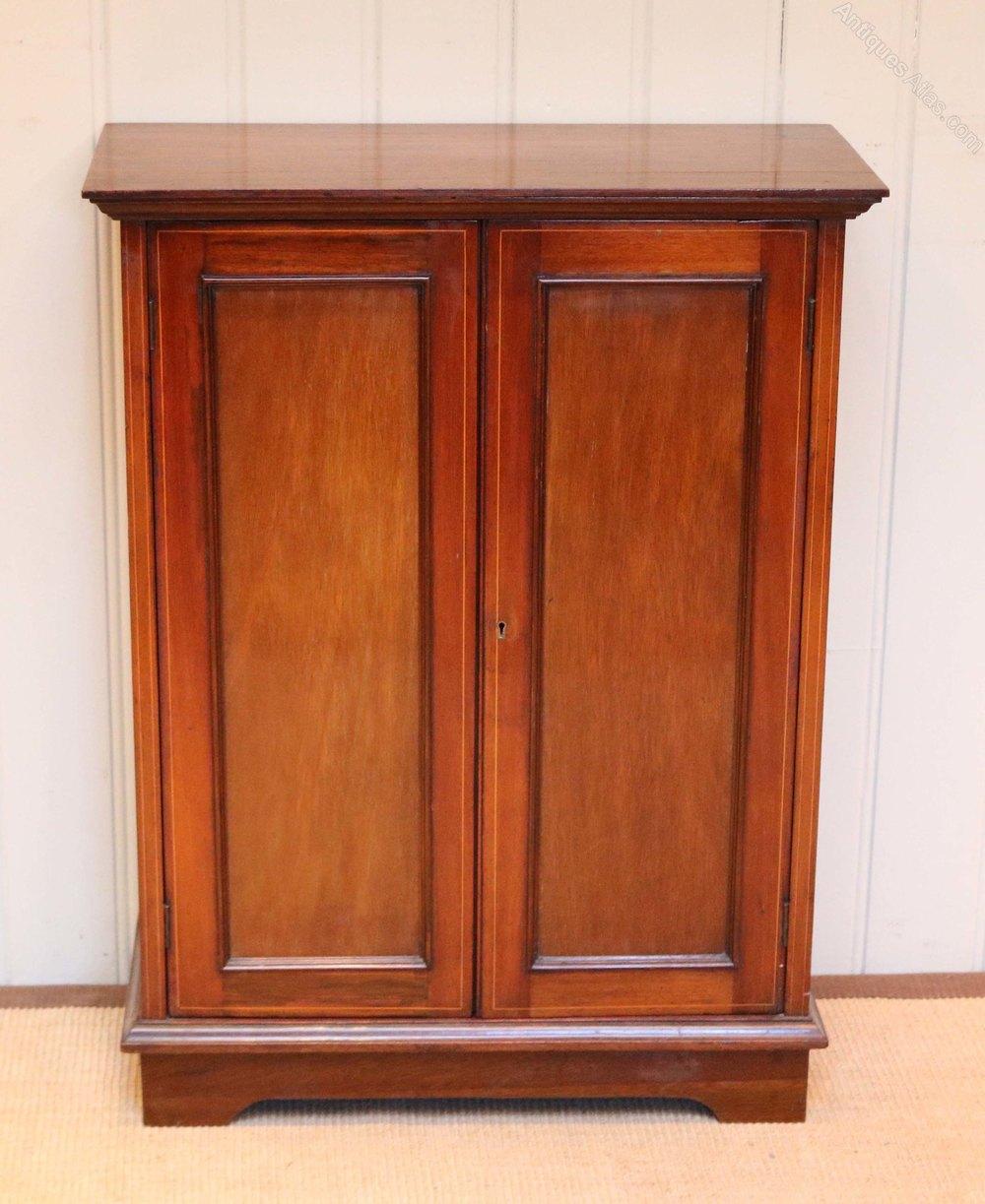 Mahogany Cabinets: Small Edwardian Mahogany Cabinet