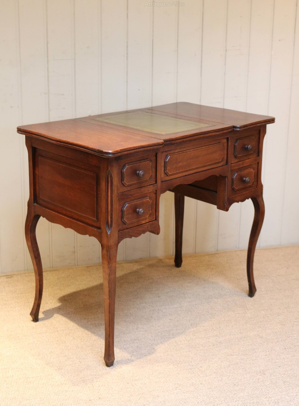 Small French Oak Desk Antique Desks ... - Small French Oak Desk - Antiques Atlas