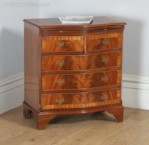 Antique Georgian Serpentine Mahogany Chest Of Drawers Special Summer Sale Antiques