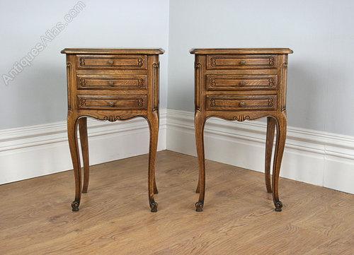 Pair French Oak Louis Style Bedside Cabinet Tables Antique ... - Pair French Oak Louis Style Bedside Cabinet Tables - Antiques Atlas
