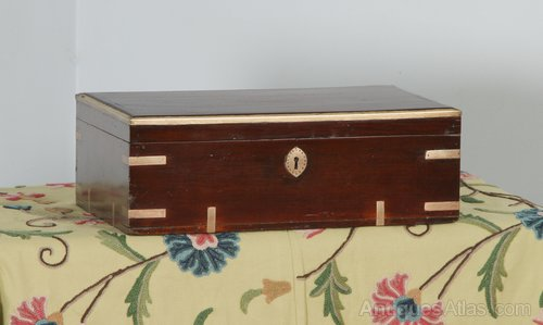 Precise Vintage Wooden Writing Slope With Brass Corners And Escutcheon* Edwardian (1901-1910) Boxes/chests