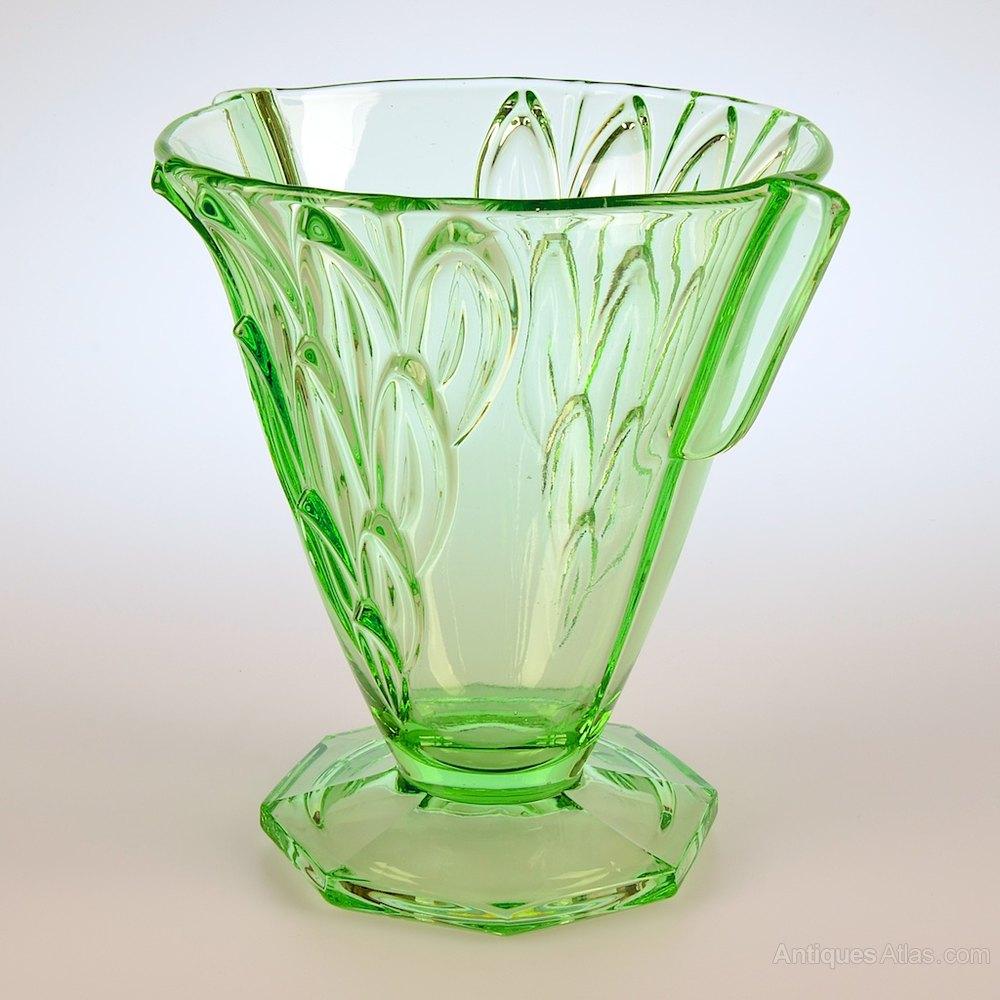 Antiques atlas art deco stolzle uranium glass vase art deco stolzle uranium glass vase art glass reviewsmspy