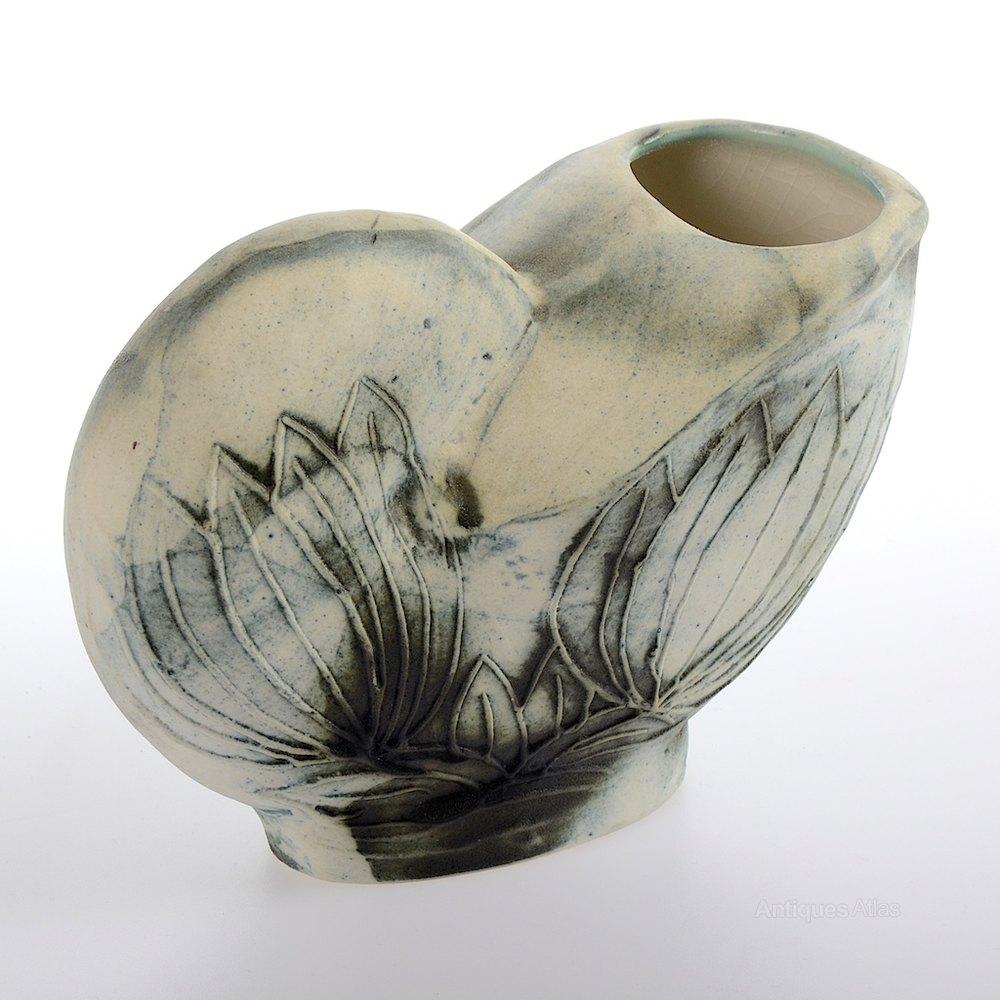 Antiques atlas carn pottery vase carn pottery vase reviewsmspy