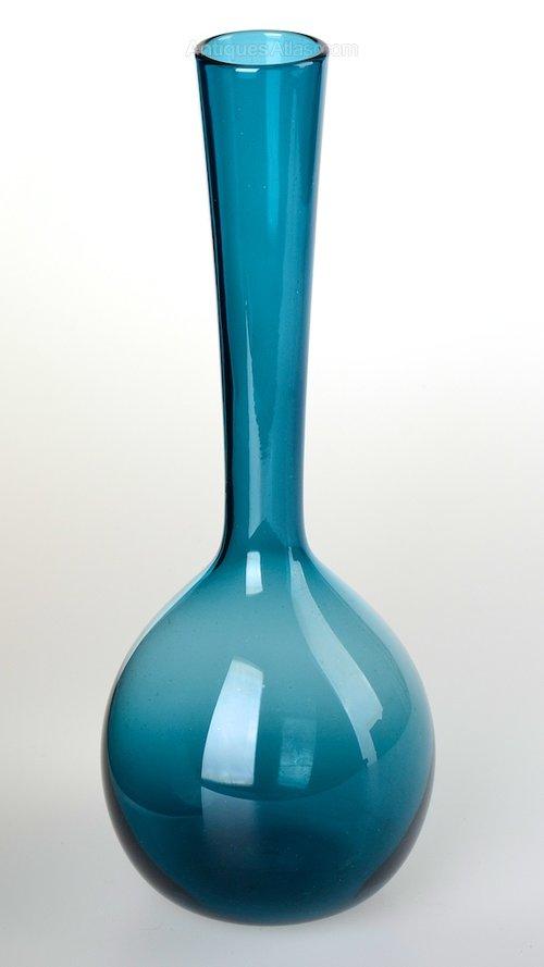 Antiques Atlas Gullaskruf Glasbruk Blomglas Glass Bulb Vase