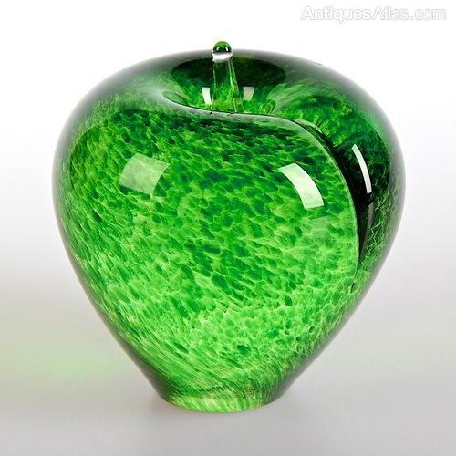 Vintage Wedgwood Glass Paperweight British Glass Art Glass.